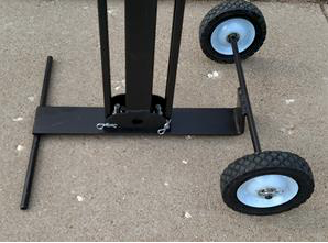 Rolling stand with wheels